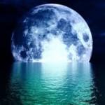 Luna a' mare se întoarce